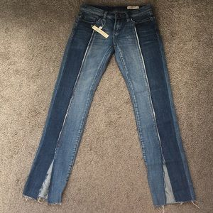[BlankNYC] Miss Matched Jeans 26